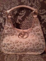 DEREON LARGE NEW PURSE in Lockport, Illinois